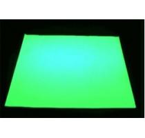 Papier fluorescent dans la nuit