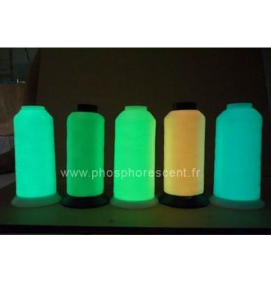 Fil à coudre phosphorescent
