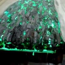 Pigment phosphorescent et époxy
